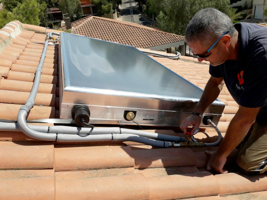Solar Water Heaters 003